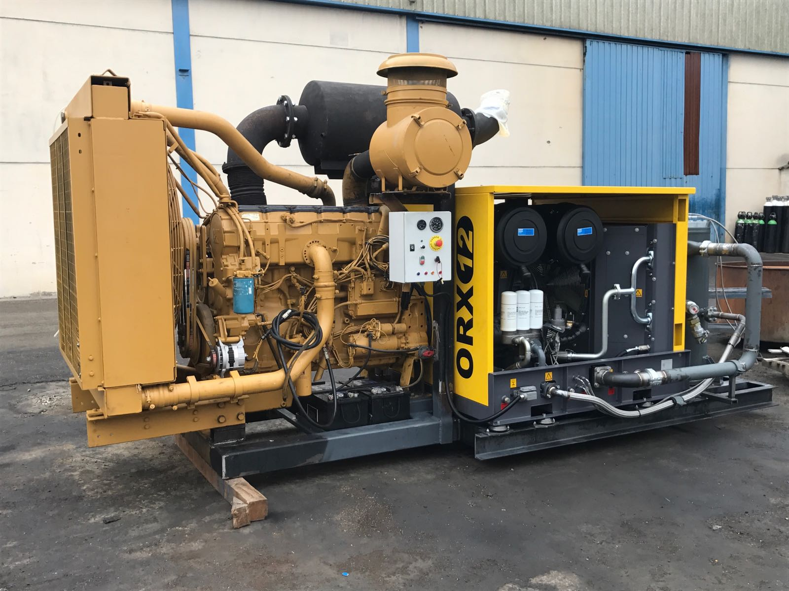 PTO ATLAS COPCO  with engine CAT-18